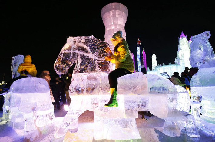 2015-international-ice-and-snow-festival-harbin-china-01
