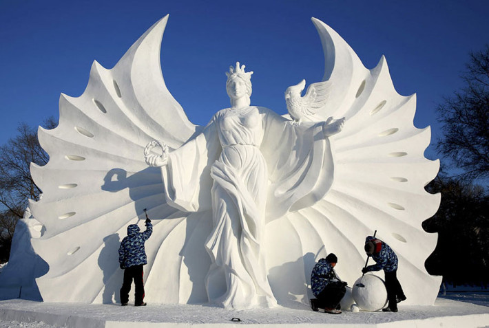 2015-international-ice-and-snow-festival-harbin-china-11