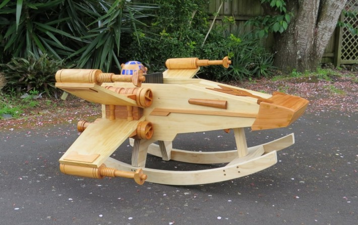 steves-wooden-fabrica-un-x-wing-fighter-de-madera-05