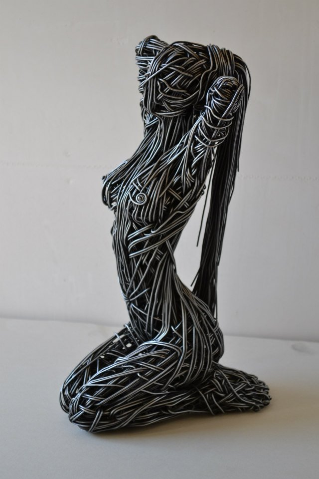 richard-stainthorp-wire-sculpture-05