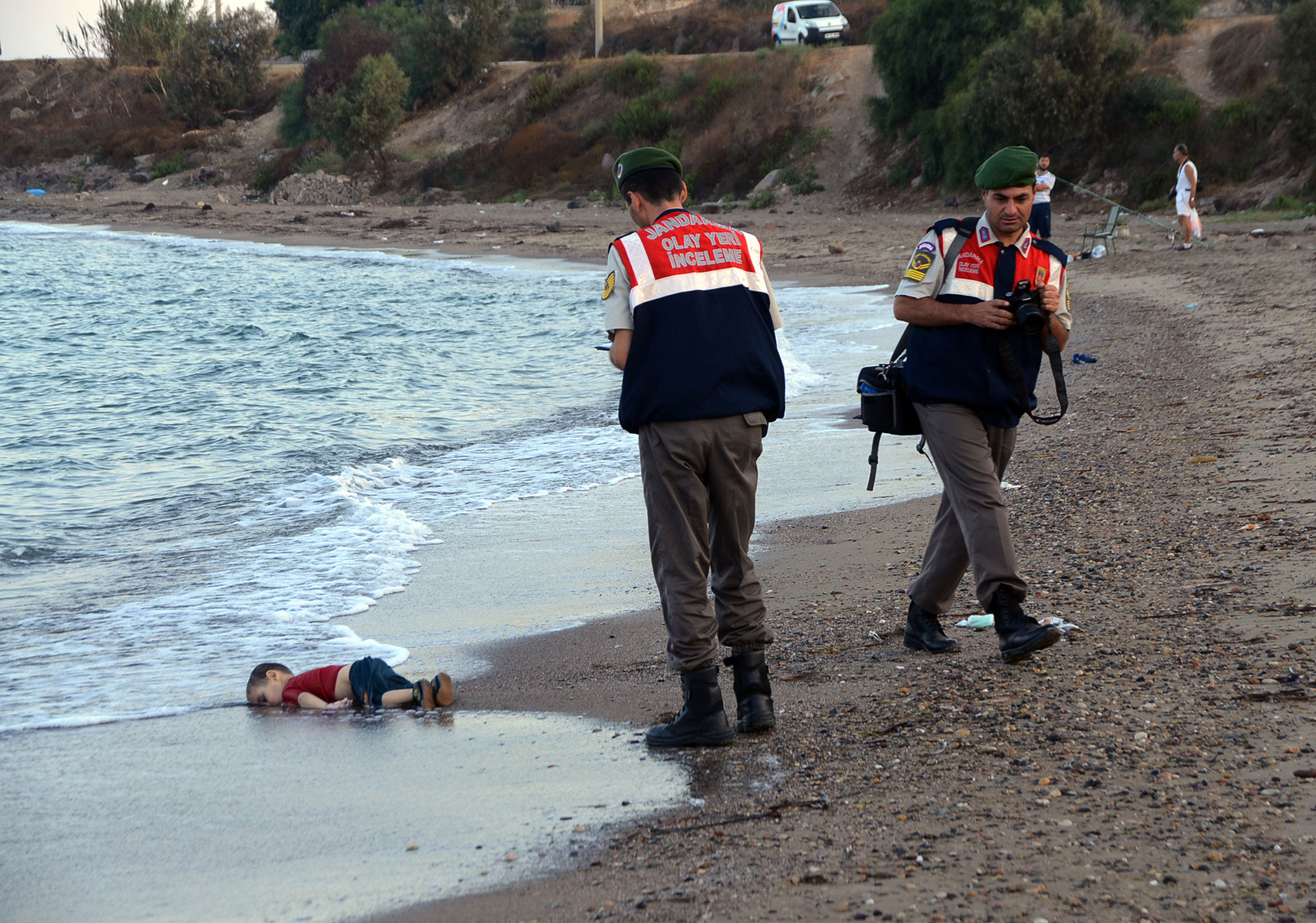 world-press-photo-2016-aylan-kurdi-sirio-turquia